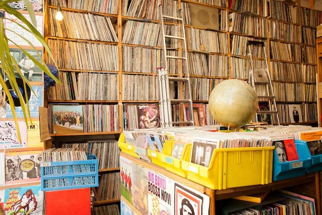 Распродажи в Берлине –Магазин пластинок Platten Pedro
