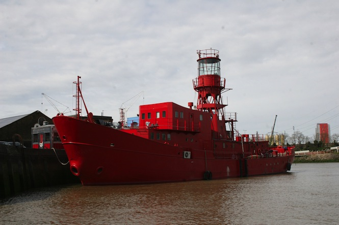 exterior-lightship95.-courtesy-of-lightship95