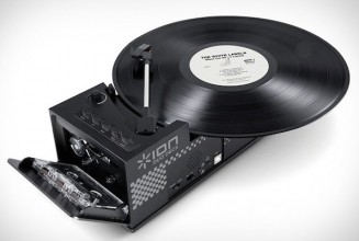 Check out this 2-in-1 turntable and cassette player