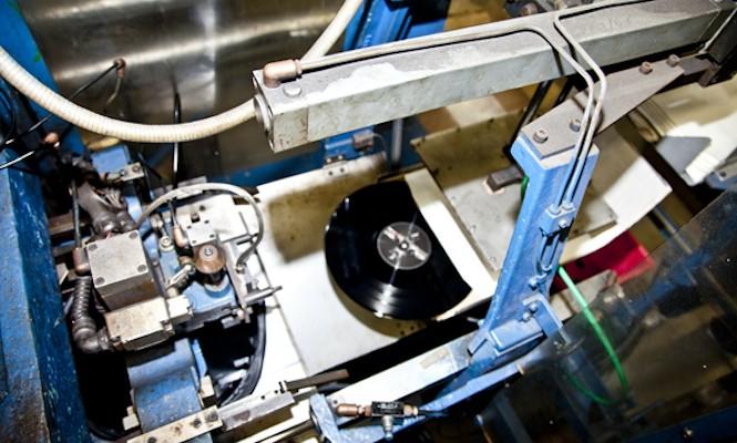 brand-new-vinyl-record-presses-enter-the-market