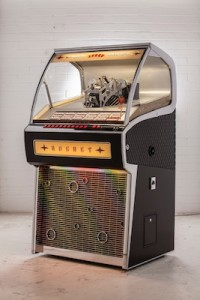 Vinyl_Rocket_Prototype-2_6512bd-1