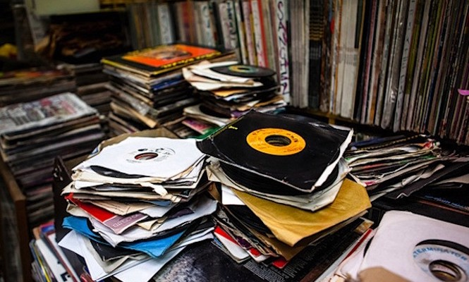 45s-collection-sale-750000-records