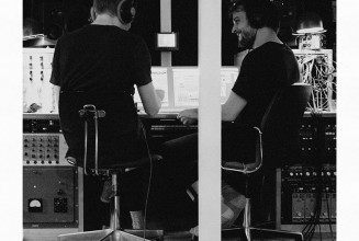 Ólafur Arnalds &#038; Nils Frahm release <em>Trance Frendz</em> on vinyl